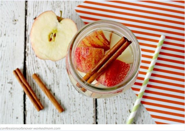 8 DIY Fruit-Infused Water Recipes